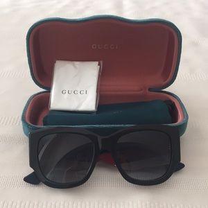 Gucci Sunglasses GG0276S 001 56